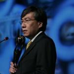 Kikawa discursa ao receber o Prêmio Empreendedor Social