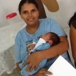 O curso oferece informações sobre o desenvolvimento do bebê.